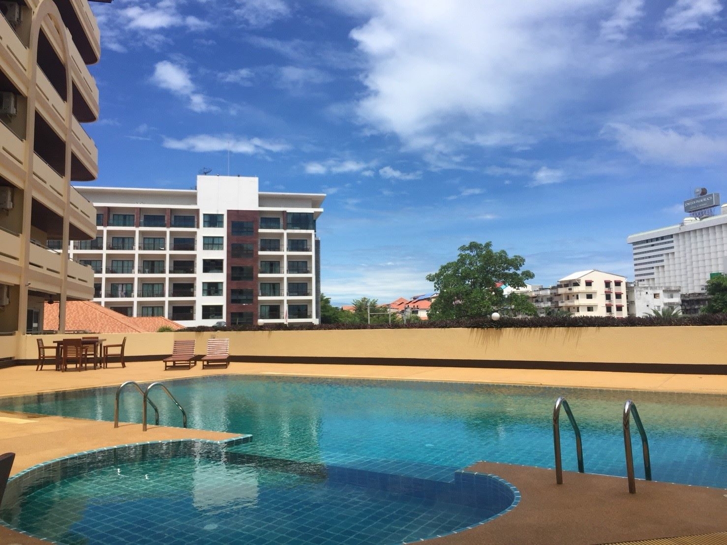 View Talay Residence 4
