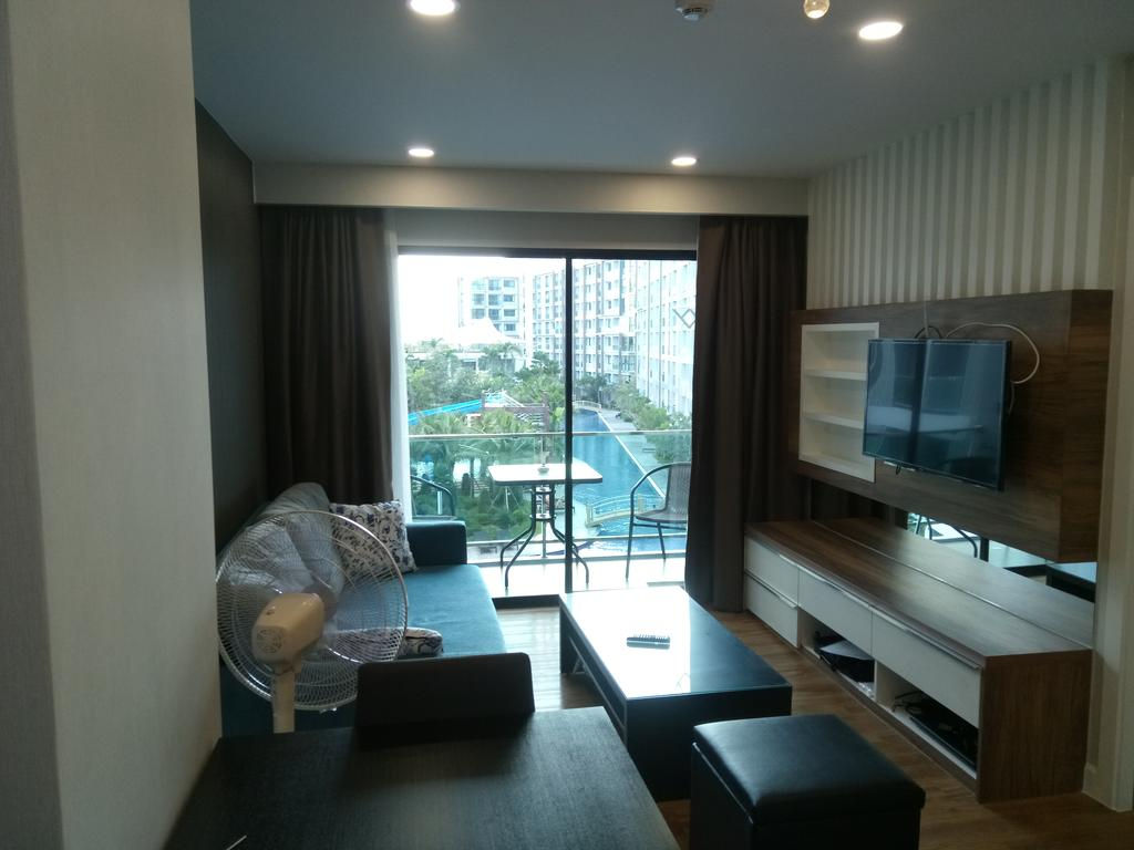 2 bedroom Holiday Rent at Dusit Grand Park