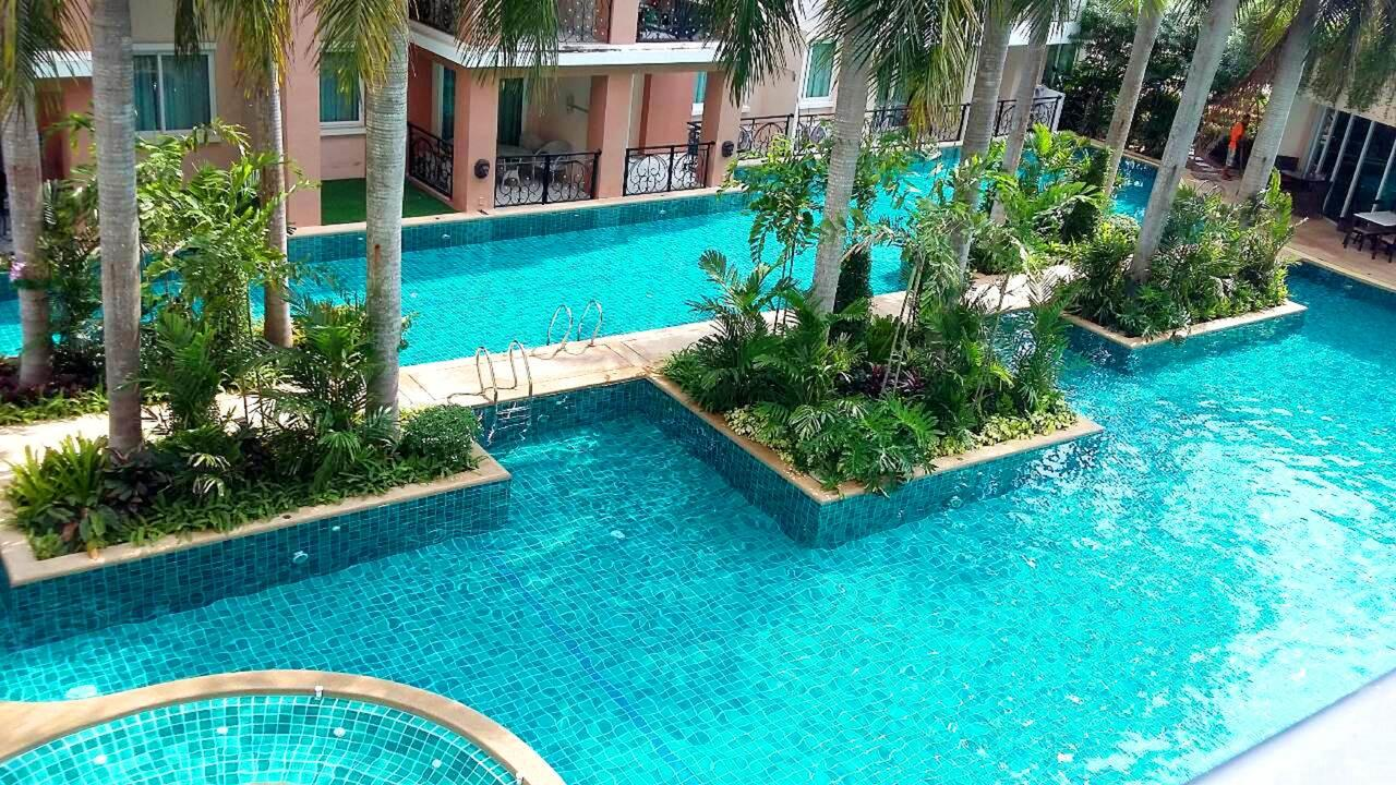 1 Bedroom in Paradise park